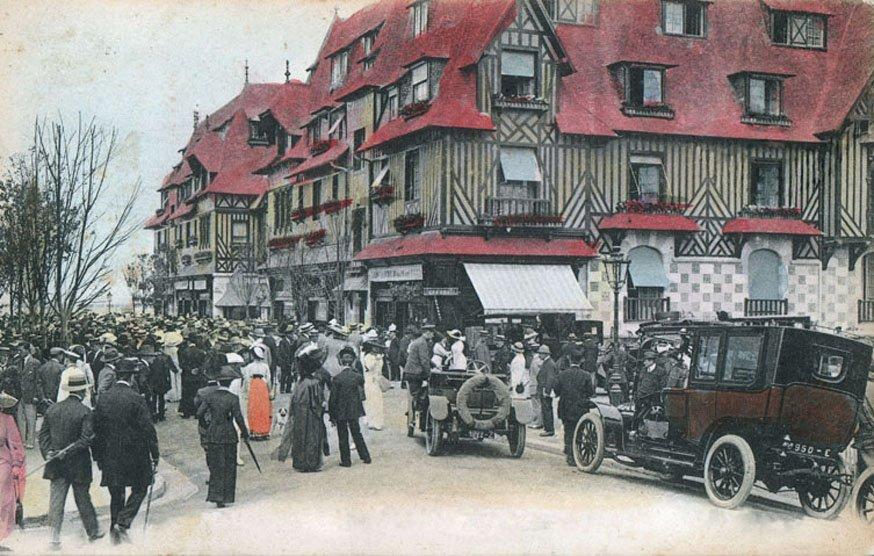 Reproductions de cartes postales anciennes